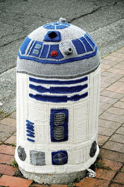 R2-D2 Street Art